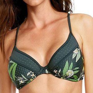NWT Body glove D cup bikini top
